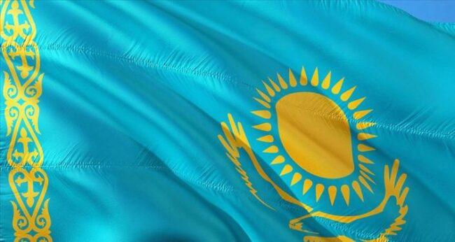 Kazakistan'da uçak düştü: 4 kişi hayatını kaybetti